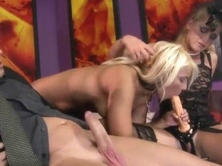 Kathia Nobili and Lana S execute the dick with mouths