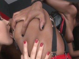 Lesbains Bailee,  Keisha Kane pleasure each other