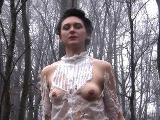 Naked on Stage-128 Ne14
