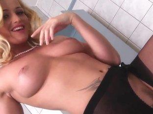 Sinister lust of big-tittied lass Kathia Nobili