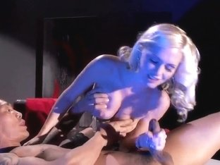 Alena Croft's flower opens wide for Keni Styles