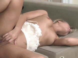 StrapOn DP delights for sexy women with strapon cocks