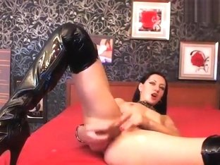 Private show with AlenaLove