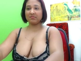 lucy cinnamon intimate clip on 01/20/15 21:12 from chaturbate