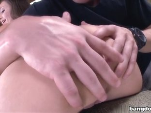 White girl with a big ass fucked