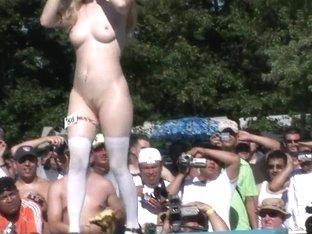 SpringBreakLife Video: Pole Dancing