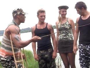 Hawt hard core fuck in the army