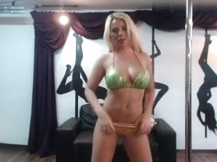elsa intimate movie scene 07/11/15 on 22:47 from MyFreecams