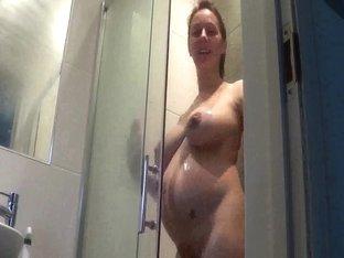 Sa femme enceinte