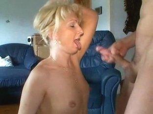 Fucking and spraying mature babe