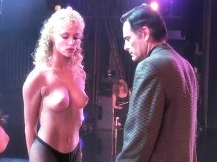 Elizabeth Berkley & Gina Gershon - Showgirls (1995)