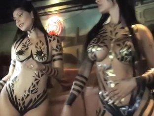 Burlesque Strip SHOW 77 Chappis Girls