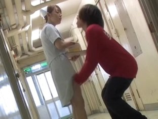 Man spoiled the day of poor nurse and sharked her bottom