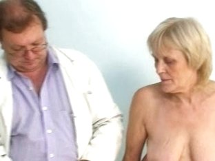 Mature old Brigita getting pussy exam from gyno doctor