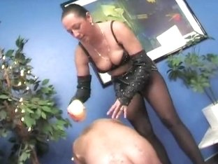Female-Dominator Michelle, Teil two
