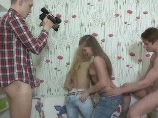 Fucking teen cuties on cam