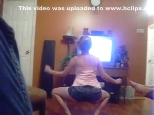 Exotic butt popping livecam panty video