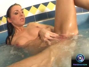 Maria Belucci exploring her delectable goodies at the jacuzzi