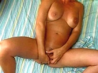 Lusty GF plays with her meat hole