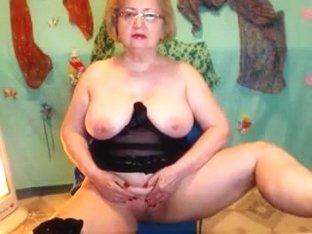 Adorable Lady web camera show