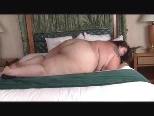 slave tony hook squashed by ssbbw 2.. compilation