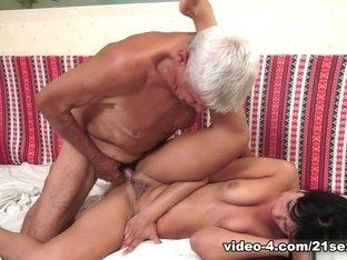 Fabulous pornstar Bella Beretta in Best Facial, Oldie xxx video