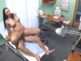 Bigboobed patient loves to fuck her doctor