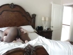 White gilf makes a sextape with her black husband