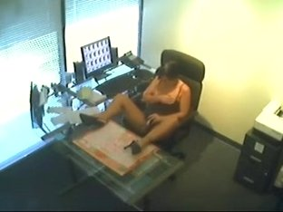 Slut Gets Caught On Spycam- masturbate at work.