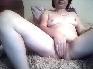 Mature Kristibanks fucks herself hard