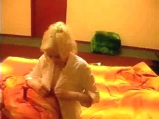 Beautiful Blonde Masturbating!!!