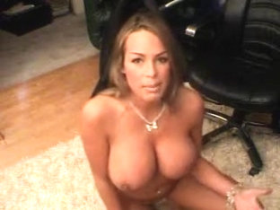 I'm doing my sexy webcam show