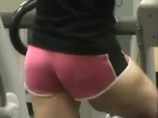 Candid gym ass 3