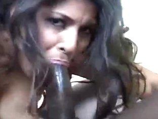 Laurie Vargas 01