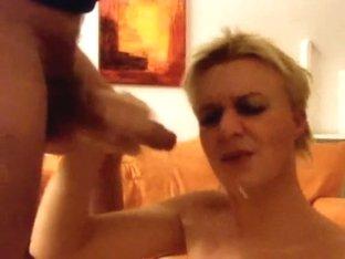 amateur - she loves the cum