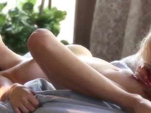 Alluring Sophia Knight and Holly Michaels are sucking each other twats