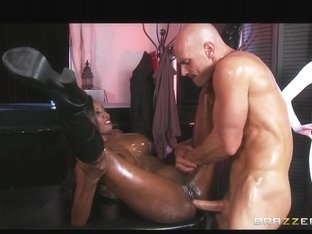 Curvy Swarthy masseuse oils herself up for some deep anal
