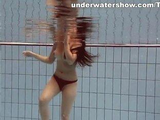 UnderwaterShow Video: Paulinka