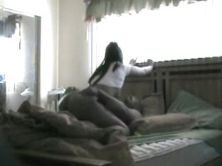 Real college non-professional couple fucking on parrents bed