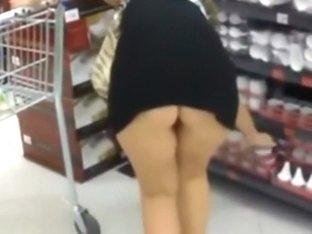 Following a plump ass around the store