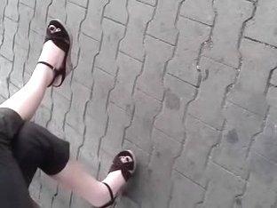 Public Feet 91