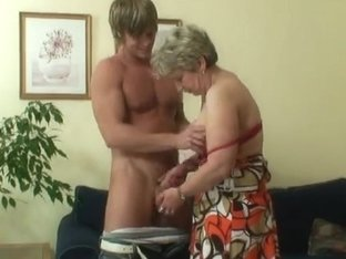 Old housewife acquires nailed by an juvenile boyfrend
