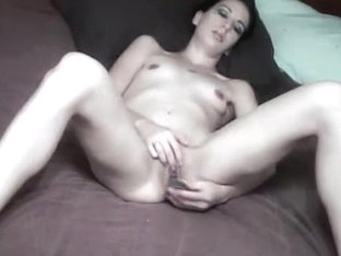 Fantastic fingering amateur show from a skinny black haired girl