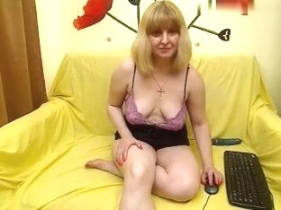 ladylarisse non-professional record 07/04/15 on 17:fifty from MyFreecams