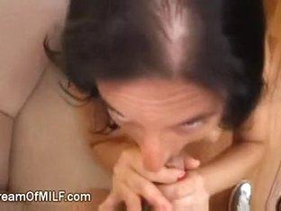 Breasty Girlfriend Shows Her Hidden Skills In Daybed
