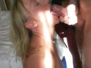 Amateur wife sucks for cum in mouth