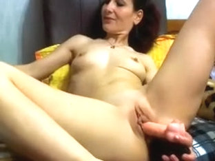 I made amatur porn video which shows me fuck a toy
