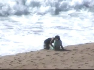 Marocaine couple caught fucking at the beach