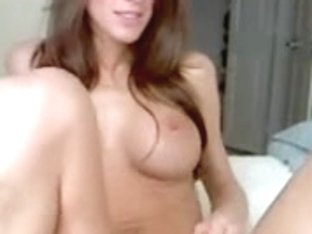 Cute babe show her wet cunt