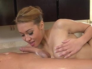 Jayden Lee doing Nuru massage